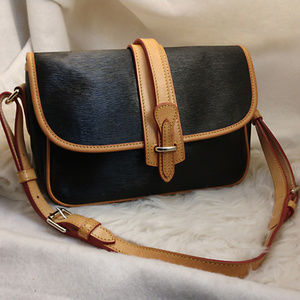 Authentic Black Dooney & Bourke Purse Handbag